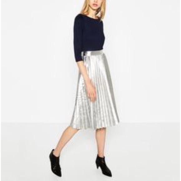 37af134a84 Zara Pleated Metallic Midi skirt. M_5b9a5888de6f62dbfb261cbf